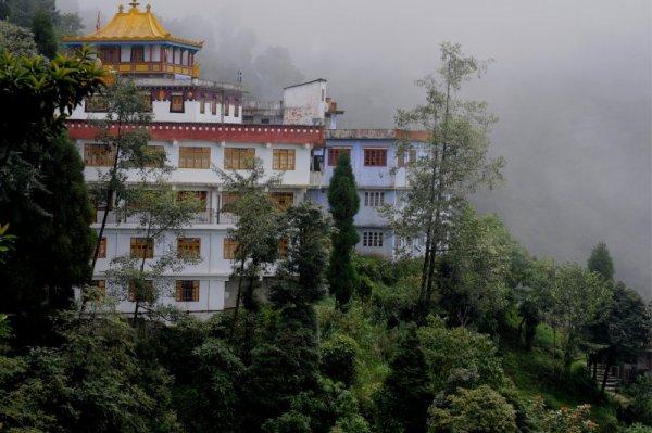 Monastery in Sikkim_38503399.jpg