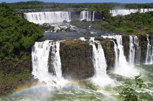 argentina-iguazu-falls.jpg