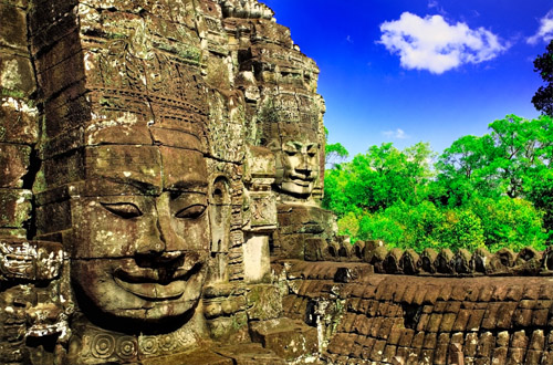 cambodia-carved-face.jpg