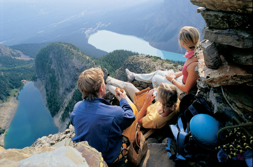 lake-louise-family.jpg
