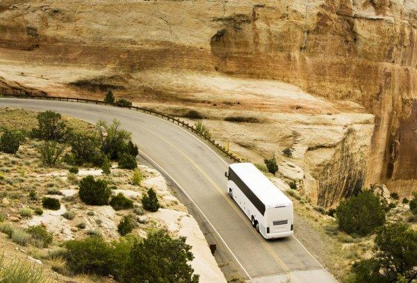 usa-escorted-coach-tour.jpg